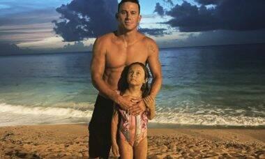 """Channing Tatum mostra o rosto da filha de 8 anos pela primeira vez: """"Meu mundo"""""""