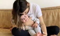 """Sthefany Brito compartilha foto sorridente do filho e se derrete: """"Não tenho estrutura"""""""