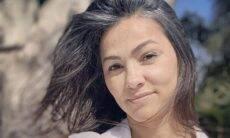 """Suzana Alves exibe cabelos brancos e rebate: """"Sou chamada de coroa"""""""