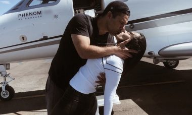"""Wanessa posta beijão no marido e se declara: """"Te esperando"""""""