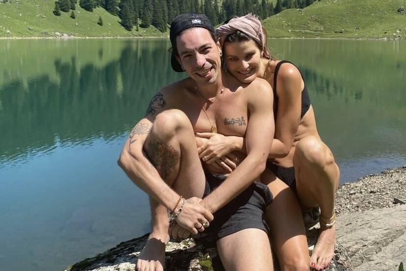 Isabeli Fontana curte viagem pela Suíça e posta fotos com Di Ferrero