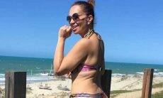 Solange Almeida chama a atenção com bumbum gigante ao posar de biquíni. Foto: Reprodução Instagram