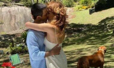 Poliana Abritta exibe clique de casamento intimista: 'do nosso jeito'