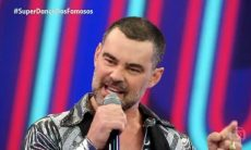 Carmo Dalla Vecchia se declara para marido e filho: 'extremamente feliz'