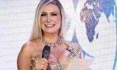 """""""Contigo sou feliz"""", diz marido de Andressa Urach sobre colar com seu nome"""