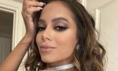 Anitta arranca suspiros dos fãs ao posar com look ousado