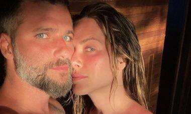 """Bruno Gagliasso fala sobre vida sexual com Giovanna Ewbank na Europa: """"Animadinha"""""""