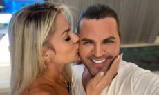 """Namorada de Eduardo Costa se declara para o cantor: """"Magia de amar você"""""""
