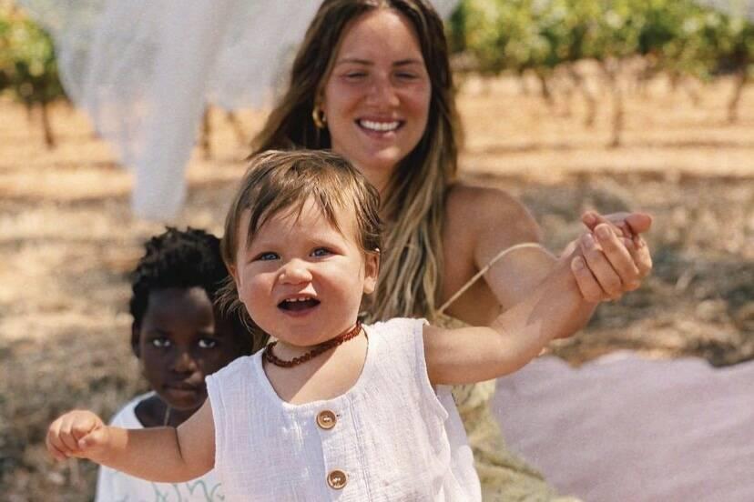 """Giovanna Ewbank curte piquenique com os filhos em Portugal: """"O paraíso é aqui"""""""