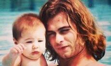 Rafa Vitti posta foto antiga com o pai e surpreende os fãs por semelhança