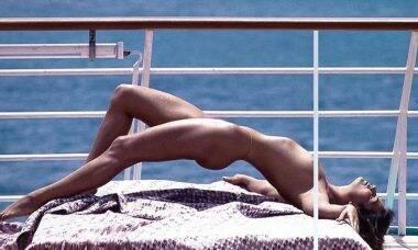 Luiza Brunet relembra ensaio fotográfico sensual de 1987 feito em barco