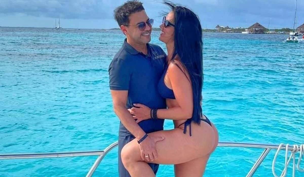 Graciele e Zezé curtem passeio de barco durante viagem em Cancún