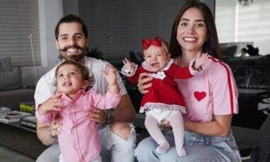 Romana Novais fala sobre a maternidade: 'é enlouquecedora'