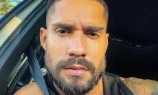 Bil Araújo raspa o cabelo e impressiona seguidores