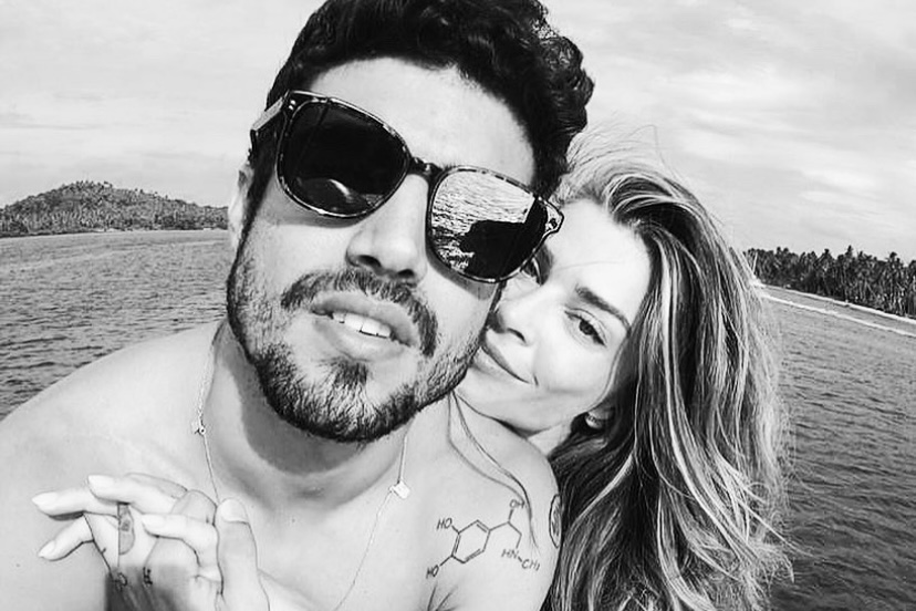 Caio Castro posta indireta após confirmar término do namoro com Grazi Massafera