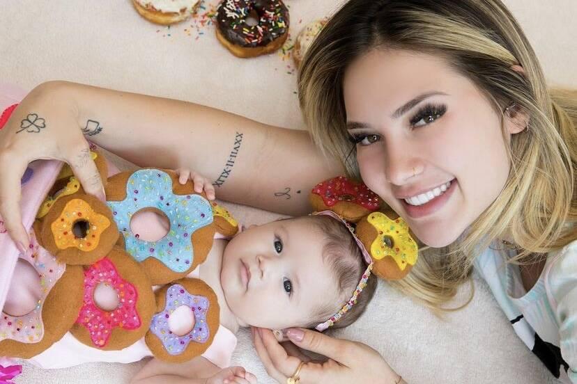 """Virgínia Fonseca celebra terceiro mês de vida da filha: """"Um amor que dói"""""""