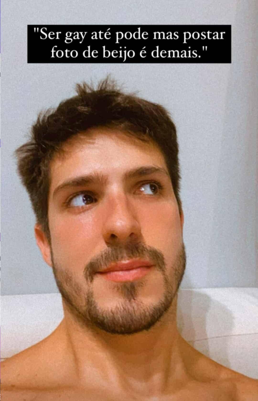 Igor Cosso perde seguidores após clique beijando o namorado: 'normalizem o afeto' (Foto: Reprodução/Instagram)
