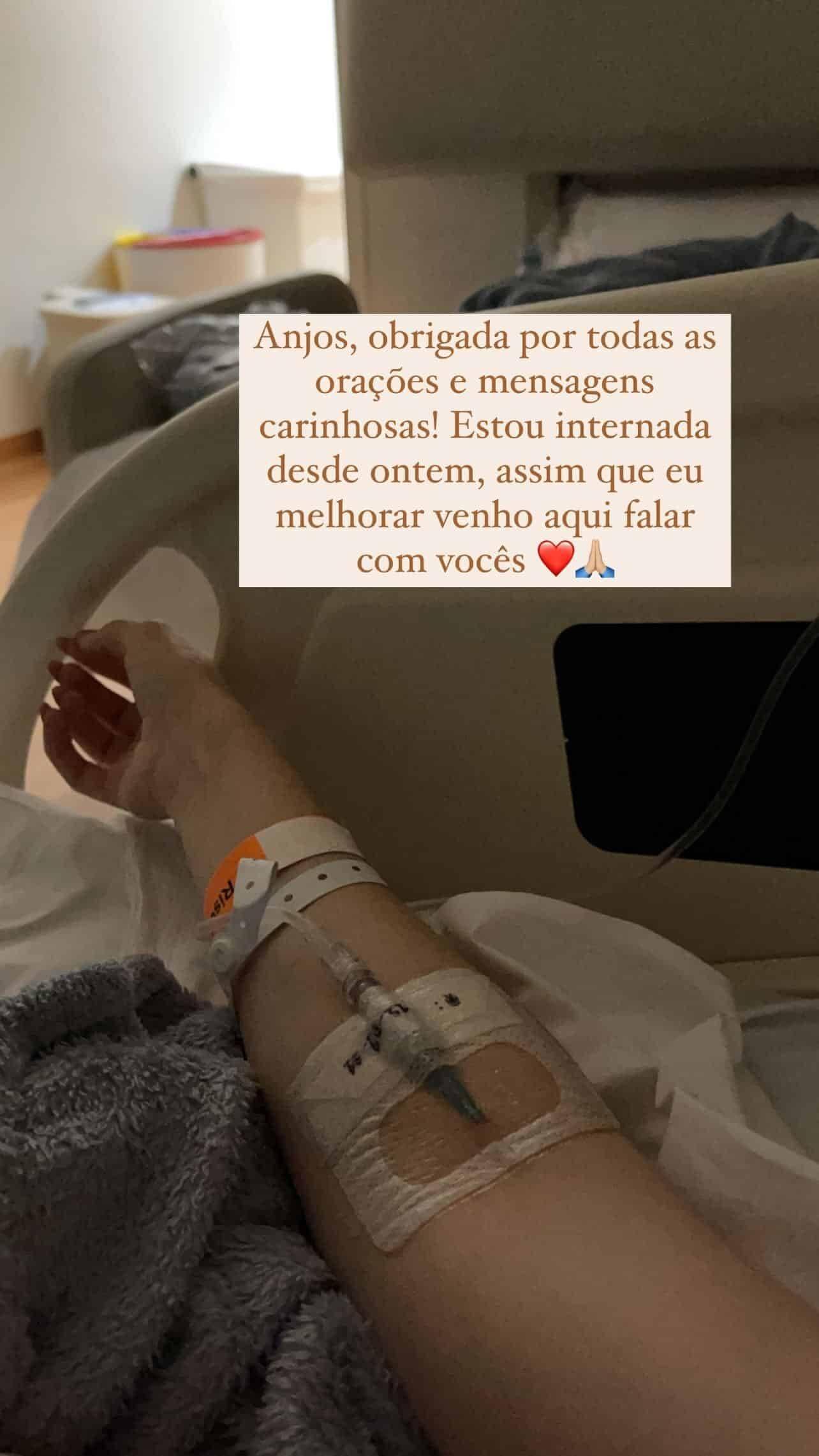 Internada, Sammy Lee agradece carinho dos fãs com clique no hospital (Foto: Reprodução/Instagram)