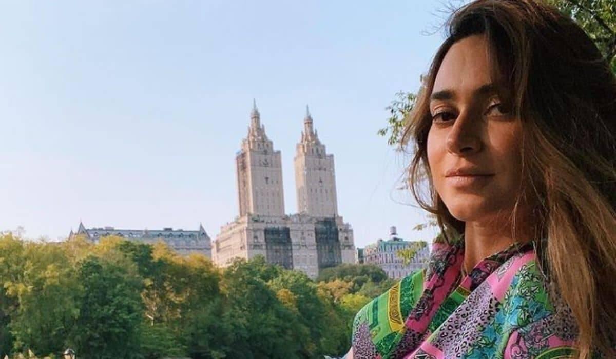 Grávida, Thaila Ayala curte Central Park durante viagem à Nova Iorque