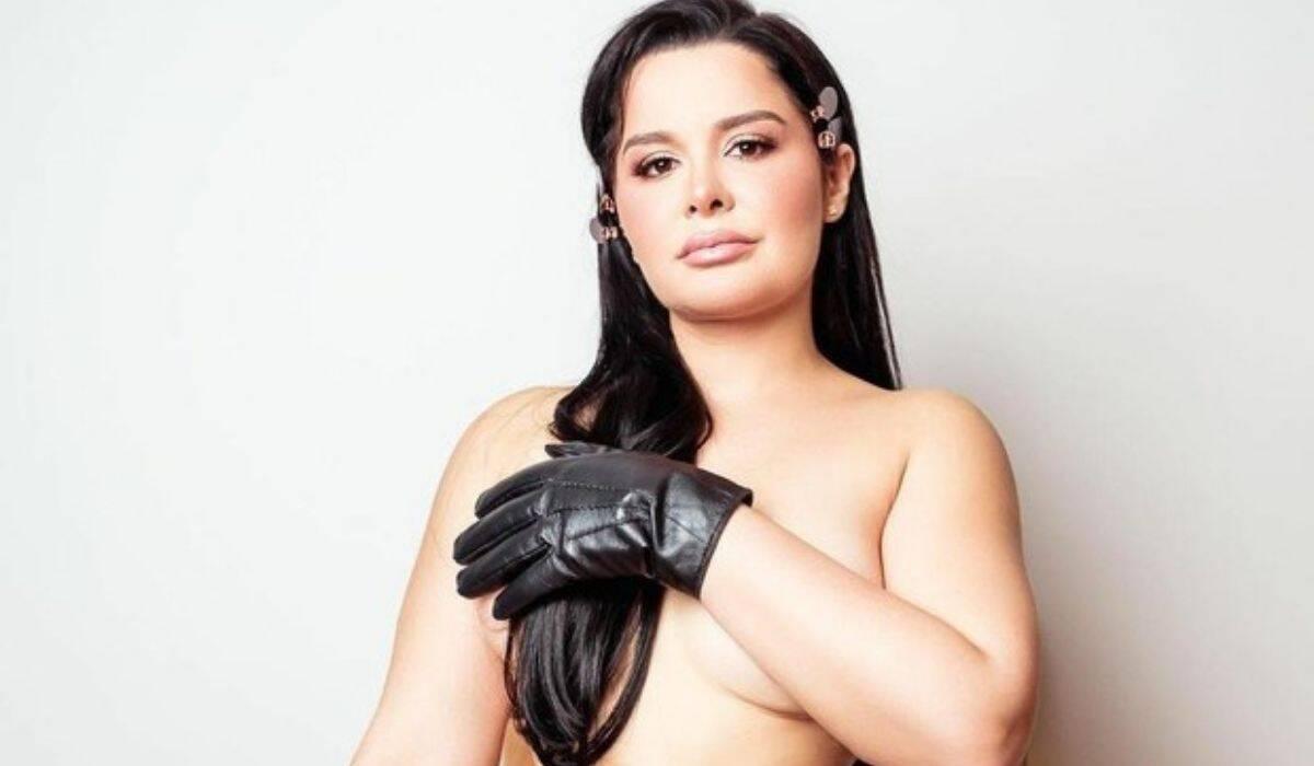 Maraísa posa de topless: 'esta semana ninguém me segura, tô voando'