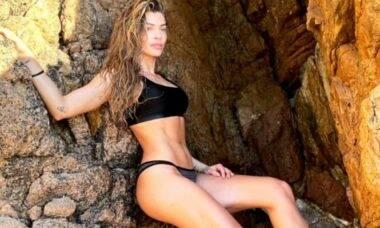 Recém solteira, Grazi Massafera curte praia em Portugal: 'tô exibida'