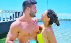 Ivy Moraes se declara ao namorado com cliques na praia: 'eu te amo'