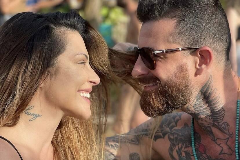 Cleo compartilha cliques com o marido em Fernando de Noronha