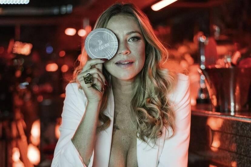 Luana Piovani recebe crítica por viver prostituta em série portuguesa