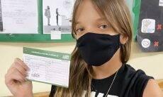 Rafaella Justus toma primeira dose da vacina contra a Covid-19