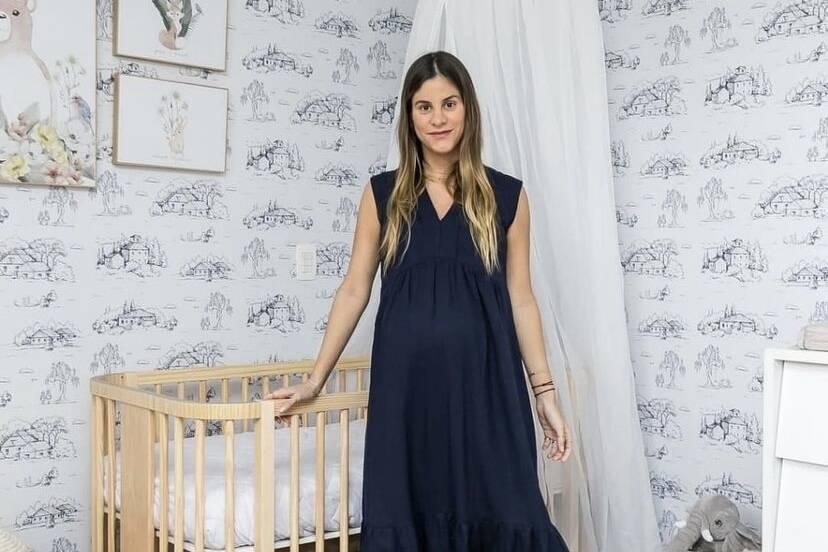 Na reta final da gravidez, Shantal mostra quarto do bebê pronto